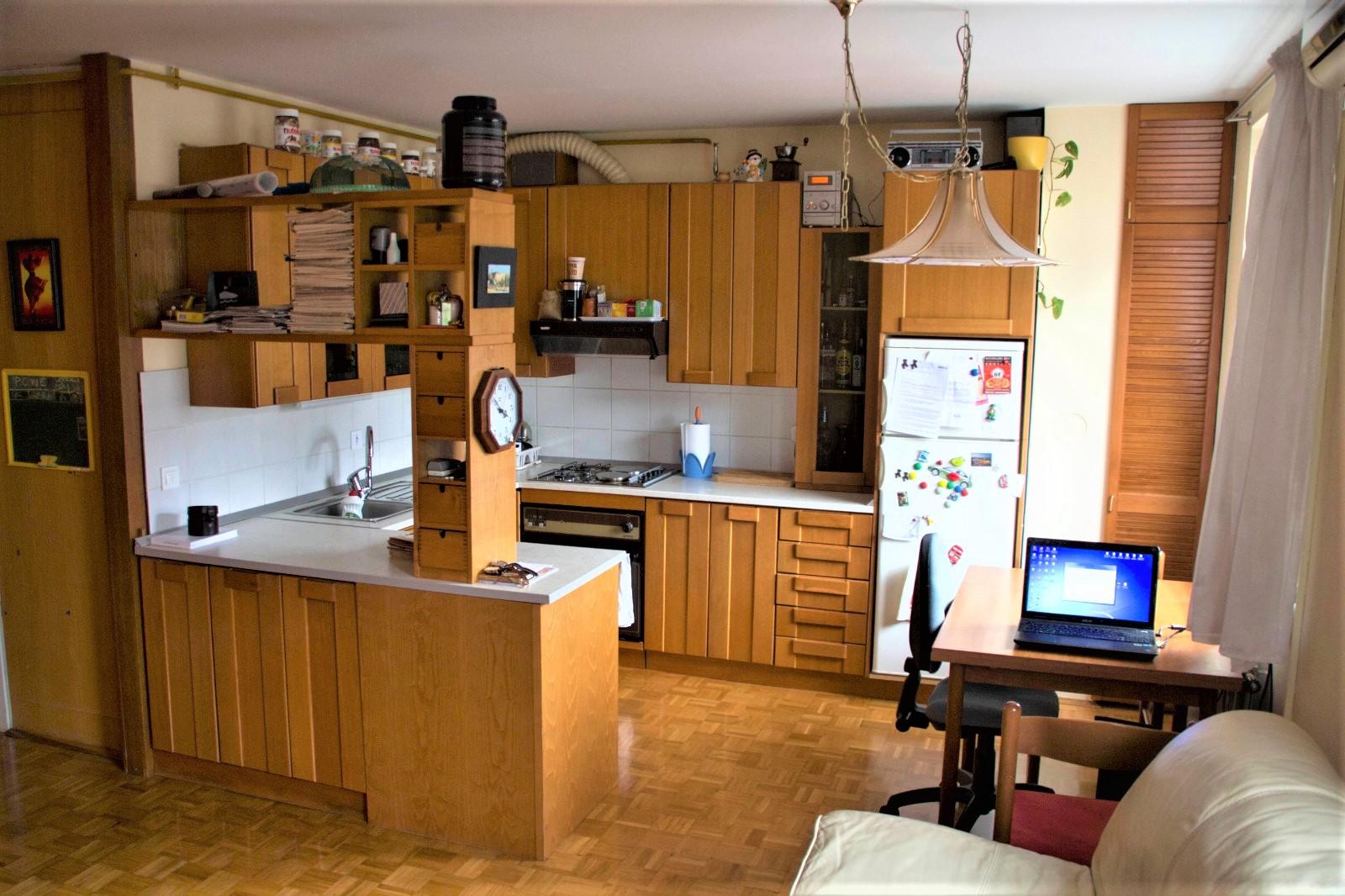 Kuhinja - stanovanje Ljubljana Zupančičeva Jama