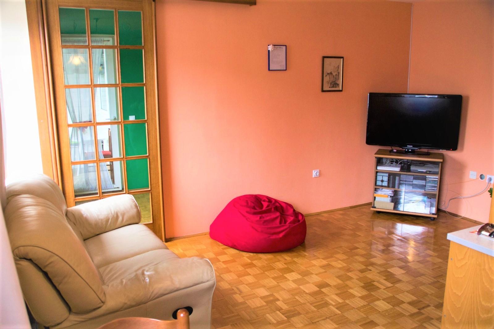 Dnevna soba - stanovanje Ljubljana Zupančičeva Jama